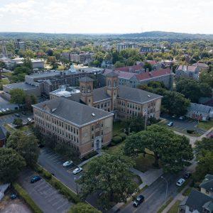 East Court Apartments Property Thumbnail Image 7