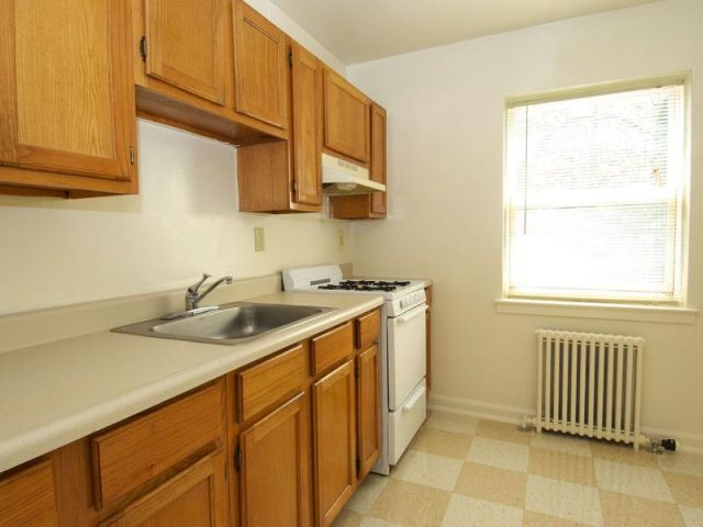 Leland Gardens Apartments Property Image 3