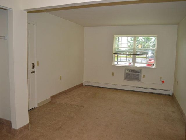Penet Square Apartments Property Image 3