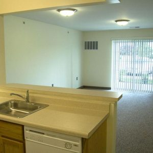 Seneca Place Apartments Property Thumbnail Image 3