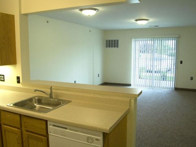 Seneca Place Apartments Property Image 3