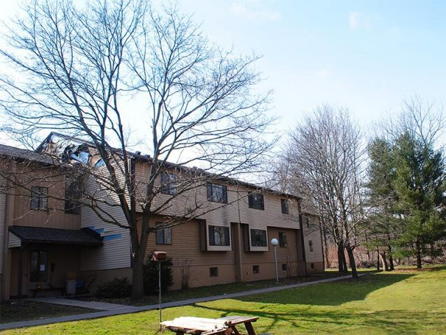 Towpath Manor Apartments Property Image 1