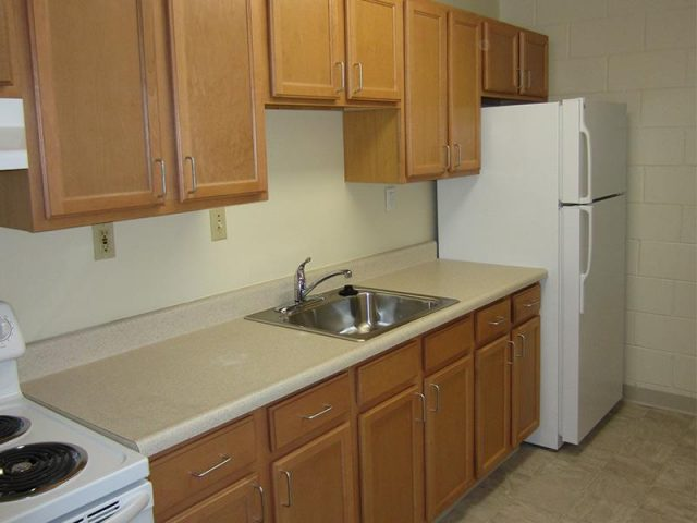 Towpath Manor Apartments Property Image 2
