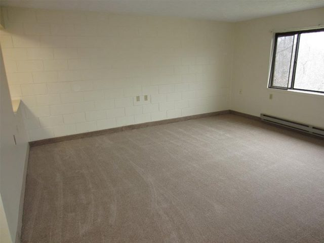 Towpath Manor Apartments Property Image 3