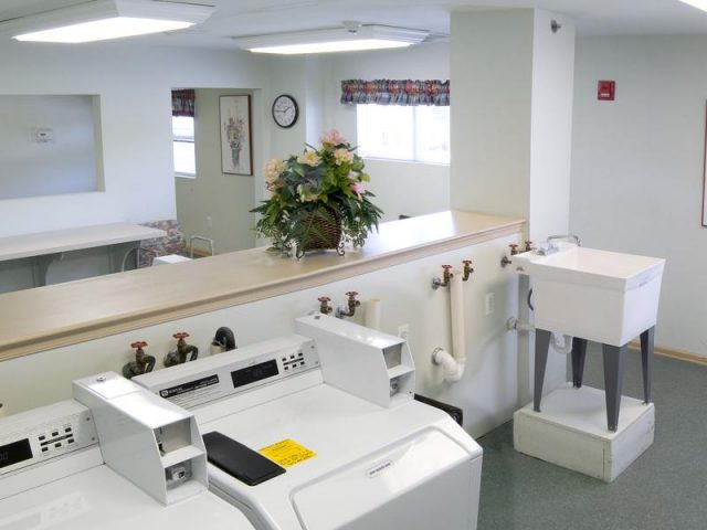 Westlake Mews Adult Community Property Image 4