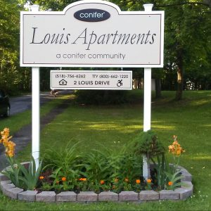 Louis Apartments